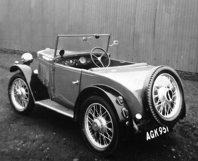 AKG 951 1933 Minor Two seater via Chris Richards a snapshot ws