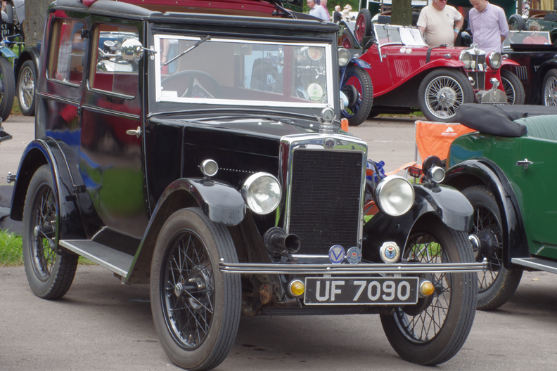 UF 7090 1931 Minor Coachbuilt Saloon (Gregory)