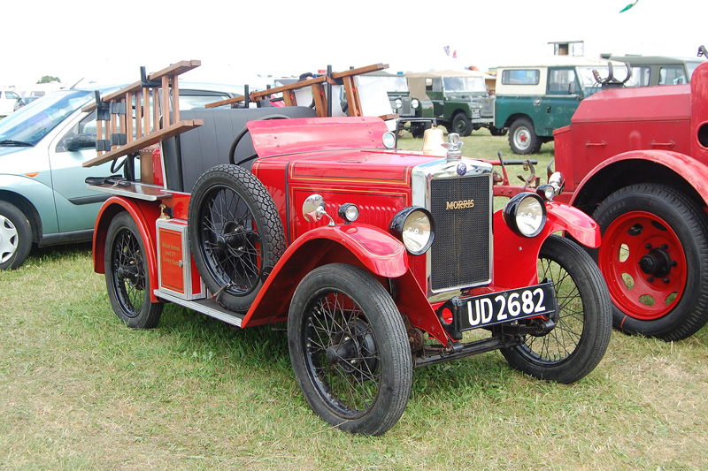 ud-2682-morris-minor-fire-tender-c1930-jun16-southcerney-02-ken-martin-ws