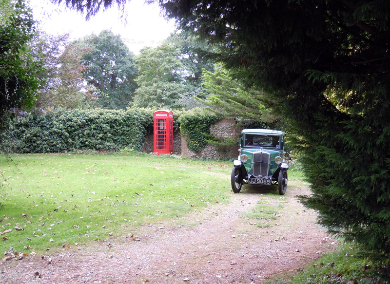 jj-9069-with-red-phone-box-ed-ws