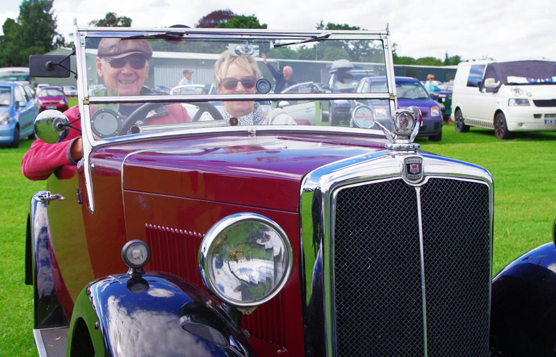 1934 Minor Two-seater Trevor Wilkinson & Maggie Cheshire (Gregory)