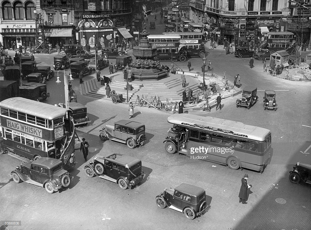 Piccadilly Circus April 1932 and Minor Fabric Saloon