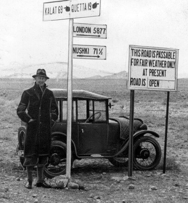 'Veteran' Austin Seven in India (LAT-Autocar 1st October 1937)