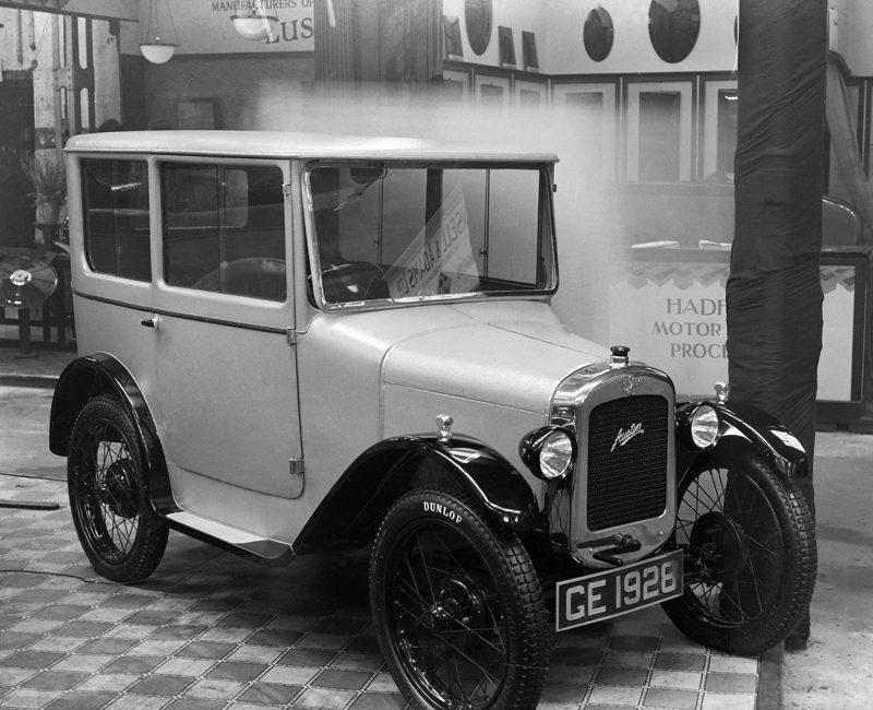 LATplate Motor X437 1928 GE Gordon England Fabric Saloon