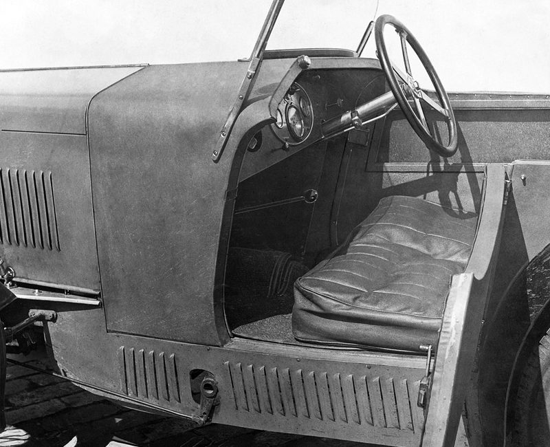 Autocar 28th June 1929 WL 6556 MG Midget interior 2 ws