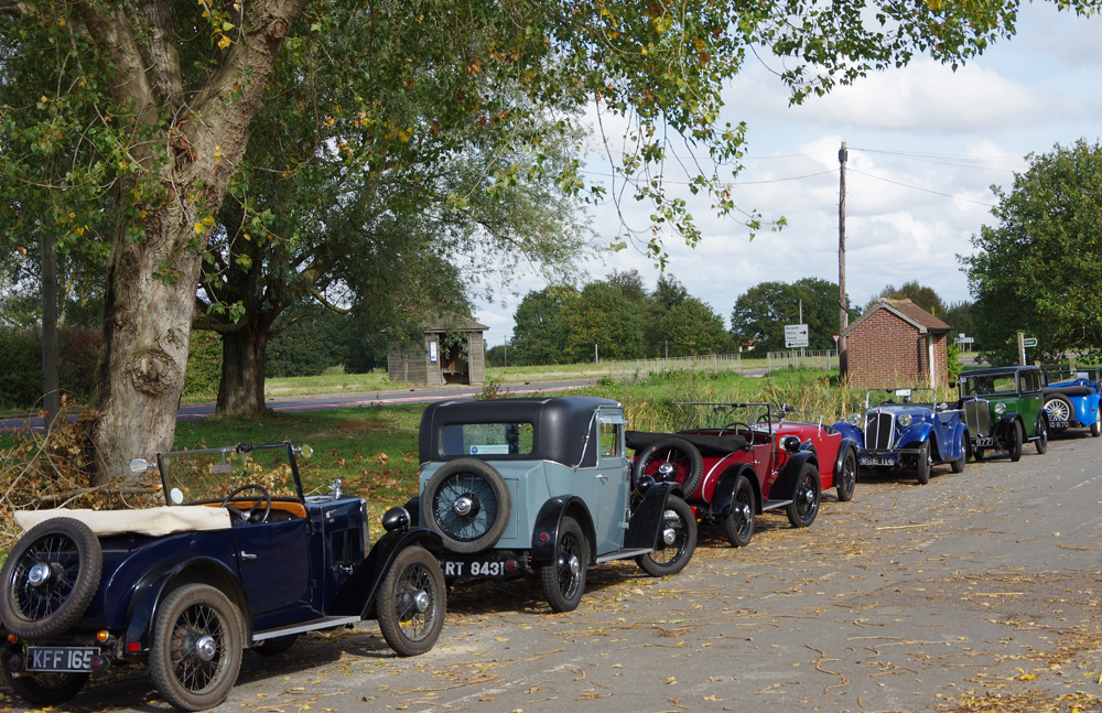 2018 Autumn Pub Pub meet Manor House - Four Minors, a Midget, an EW Hornet and an Eight Jensen Special