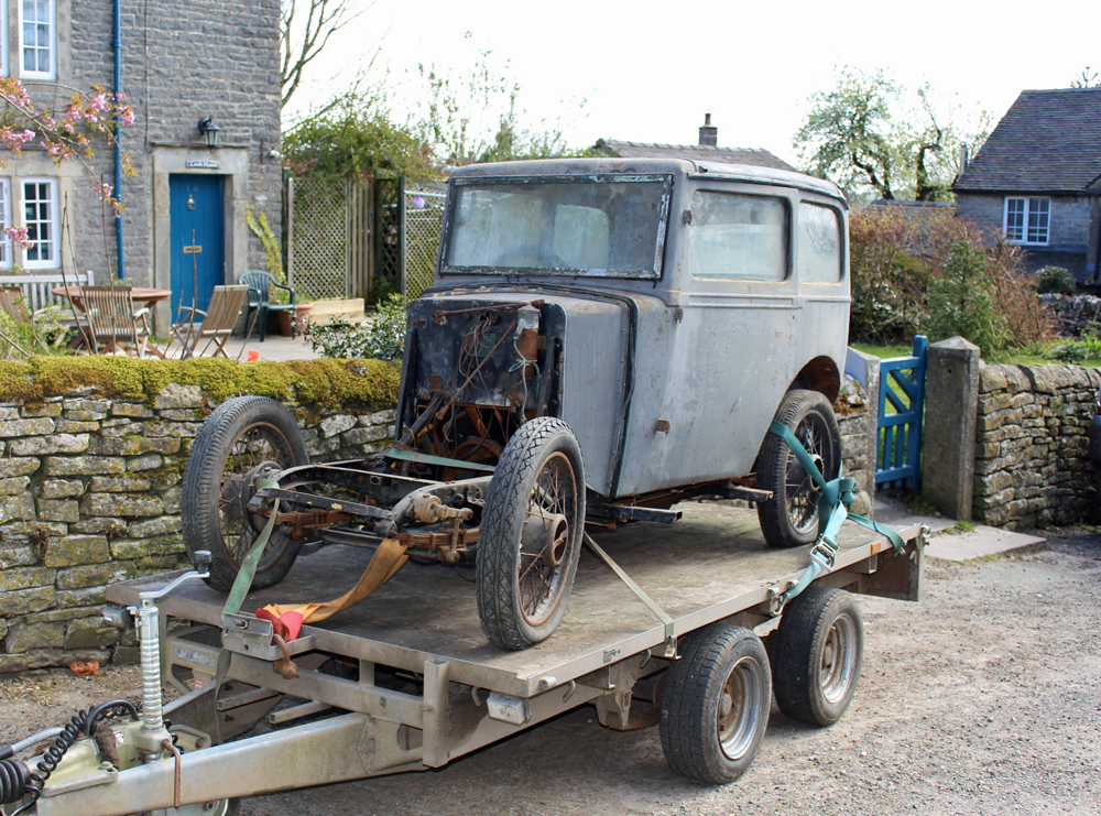 1933 Minor saloon granddadrob ws