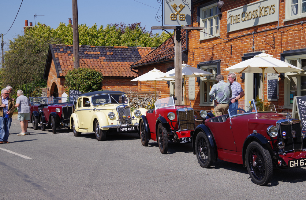 Spring pub meet 2019 Redgrave Cross Keys e ws
