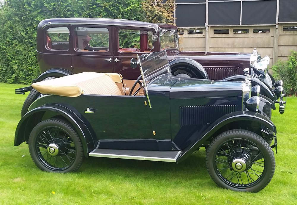 1932 Minor Two-seater RB 6357 & 1934 six cylinder 3499 cc Morris 25 JT 667 Mick Roberts July 2019 ws