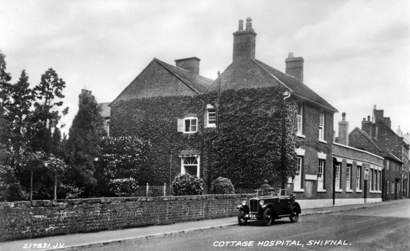 JW 1624 1932 Minor Two-seater Shifnal postcard scanned and edited IOTW ws