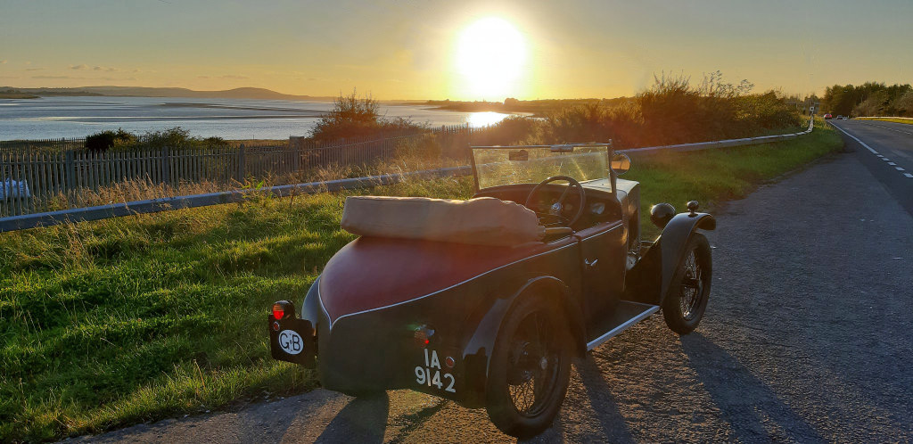 IA 9142 1930 Minor Semi-Sports Loughor Estuary, Llanelli, Wales sunset 26th September 2020 Ali Bond