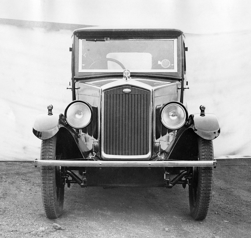 LAT photoscan Wolseley Photos - 1931 Wolseley Hornet Saloon ws