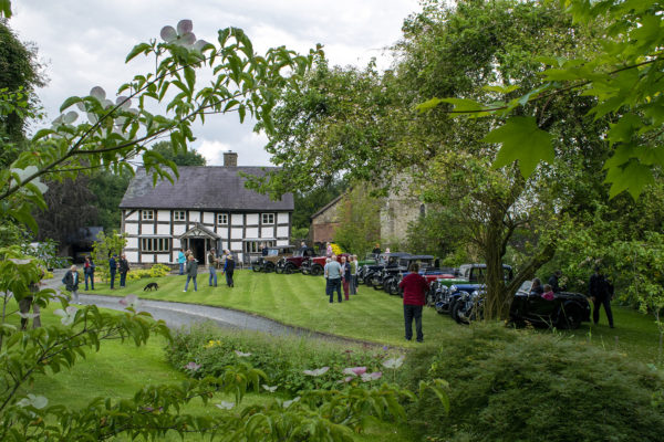 21-07-9 The Marches Rally KateMartinPic17 Saturday Gathering The Old Priory Titley